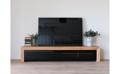 CHOCOLAT TV Board 231 oak