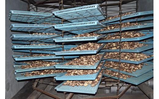 原木栽培にこだわる浅香椎茸園の逸品