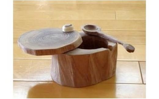 ④木のシュガーポット