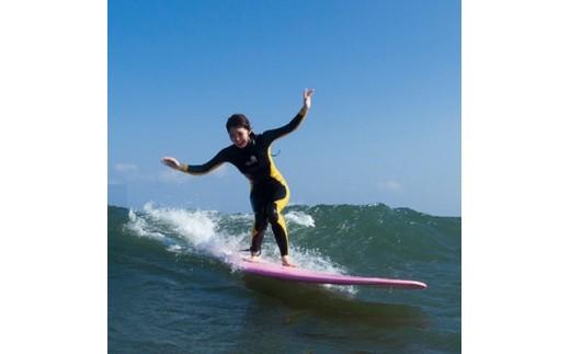 g4-1 聖地宮崎でマリンスポーツを満喫!サーフィン体験券(2名様)【1036294】