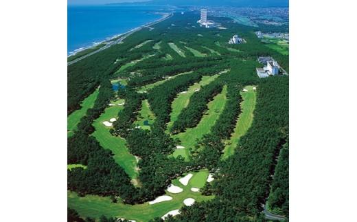 d1 フェニックスカントリークラブゴルフプレー&シェラトン・グランデ・オーシャンリゾート宿泊ペアパック【1036292】