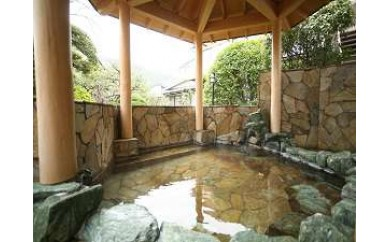 紀三井寺ガーデンホテルはやし 一泊二食付ペア宿泊券