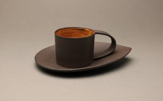 コーヒー碗皿 作者:山下 幾太郎(YI-306)