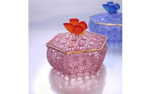 M0506ガラスの小物入れ麻の葉レース紋様ピンク
