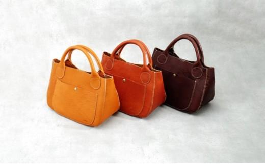 [№5666-0168]益子の革工房maharoの手縫いラウンドバッグ