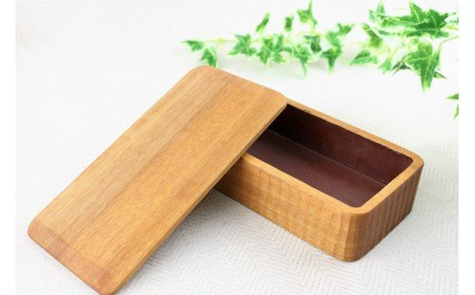 クスノキで作ったお弁当箱【くりもの】(1箱)