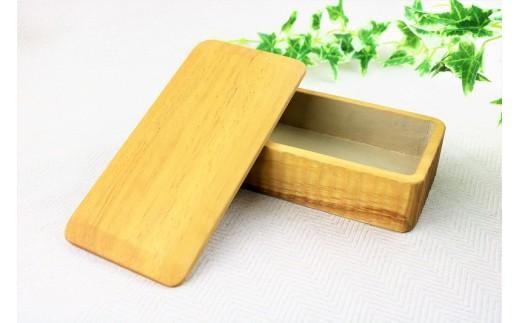 イタジイの木で作ったお弁当箱【くりもの】(1箱)