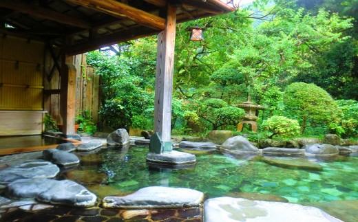 D29-4七滝温泉ホテル 宿泊券 平日用 ひとり旅