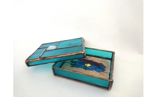ステンドグラスの名刺入れ小箱