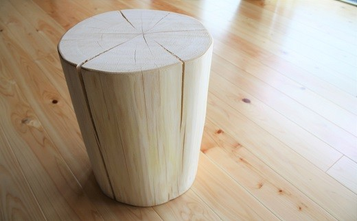 AB-14.【無印奈良品の家具】ヒノキの丸太イス
