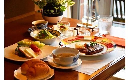29-91:レストランOmi 特選和牛ステーキコース&かわら美術館陶芸体験・観覧セット(2名様分)