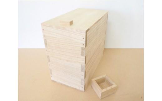 No.058 桐米びつ 10kgサイズ / お米 保管 防虫 職人 新潟県 特産品