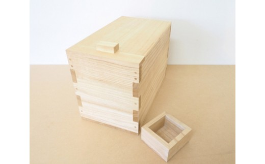 No.056 桐米びつ 5kgサイズ / お米 保管 防虫 職人 新潟県 特産品