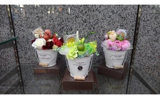 a_49 清花園 シャボンフラワー・アレンジメント(ゆめはまちゃんグッズ入)
