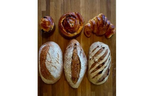 フランスパン工房「ユゴー・エ・レオ」  パンBox