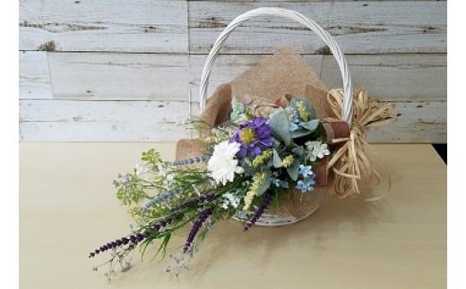 季節の花(アーティフィシャルフラワー)+花かご イメージ
