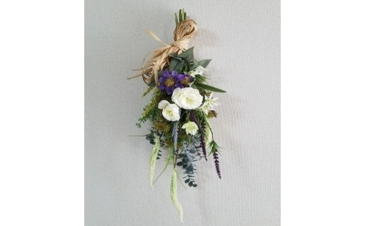 季節の花(アーティフィシャルフラワー)スワッグ(壁掛け) イメージ