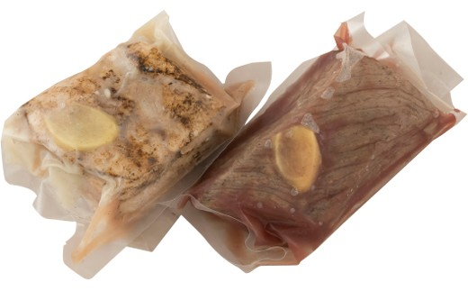 長崎和牛ローストビーフと自然放牧豚のローストポーク