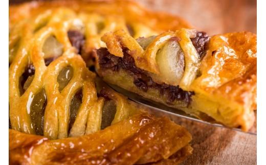 【最高に美味しいパイを届けたい】和洋コラボの絶品スイーツ!小倉餡のアップルパイ 6号 P-1