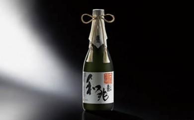 秋田の厳しい寒さが生んだ 華やかでまろやかな味わい 高清水 大吟醸 和兆 720ml