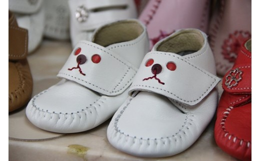 靴職人手作りのファーストシューズ「COCORO」(全9種)