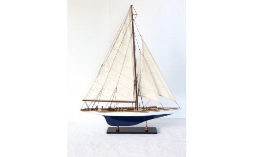 660 帆船模型  ヨット・エンデヴァーGood Quality S(青/白)