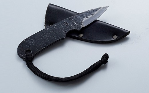ちょこっとした時にちょこっと使えて活躍する、かわいいけどなかなかやるナイフです
