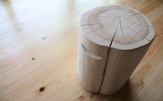 B-28.【無印奈良品の家具】ヒノキの丸太イス(取っ手付き)
