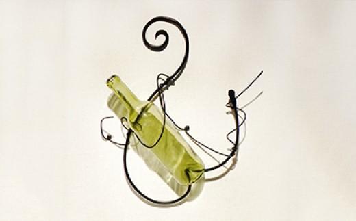 【金属工芸品】鉄のワインハンガー
