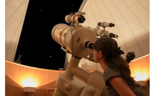 夜は天体観測も楽しめます。