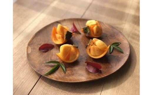 果物の美味しい旬はわずかな期間。一瞬を逃さない最高の味わいをお届けします