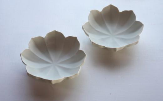〔臼杵焼〕白磁稜花 小鉢(2個セット)