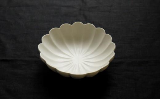 〔臼杵焼〕白磁輪花 サラダボウル