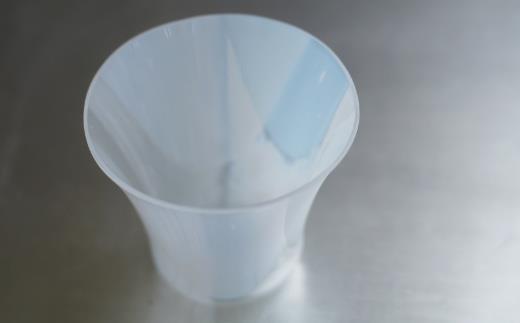 焼酎や泡盛、日本酒などお酒を飲むのに適した形状及び容量になっています