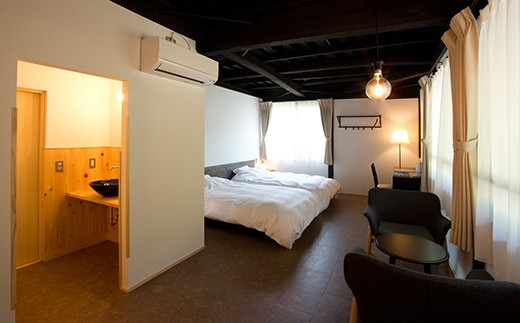 客室は4室、全室から眺められる山々の借景