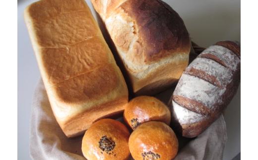 [030-43]小麦畑 天然酵母パン定期便(3回)