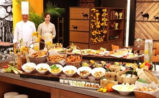 428 掛川グランドホテル レストランシルクロードペアランチ券(掛川城入場券付)発行から1年有効期限あり