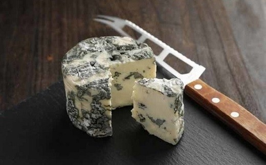 【北海道黒松内町産】ALLJAPANチーズコンテスト金賞!くろまつないブルーチーズ200g×2個入
