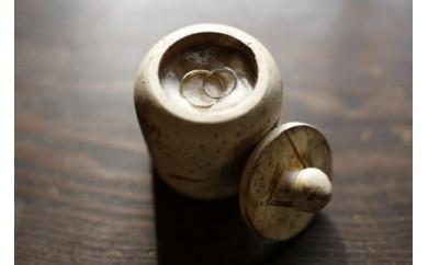 山麓のアトリエで、オリジナル結婚指輪の共同製作