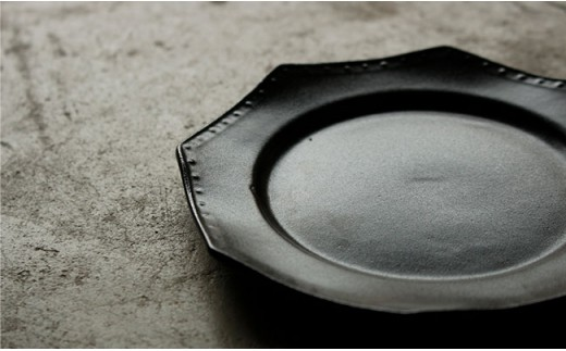 RB01 【波佐見焼】黒釉薬オクトゴナル皿(大・小)各2枚セット【吉田健宗】-6