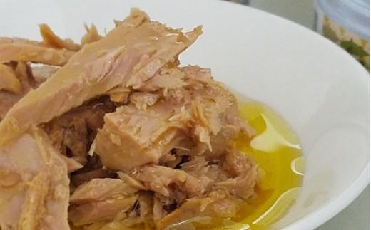 ◆製造後にカツオの風味とオイルの風味が交互に行き交い、缶の中で熟成していきます。ある意味、フタを開けたときが出来立てなのです!