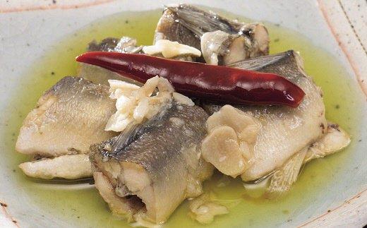 ■ニンニクとまるごと一本入った唐辛子の辛みがマッチし、鮎の食感と合わせてインパクトのある旨みは、きっとクセになります!