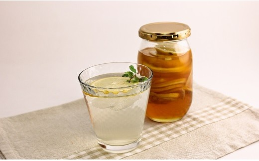 自然の恵みそのままの甘さをぜひ食卓に。蜂蜜レモンなどアレンジも自在(画像は調理例)