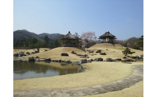 楽山園で行われる「御殿のお月見会」で毎年演奏をさせていただいております。