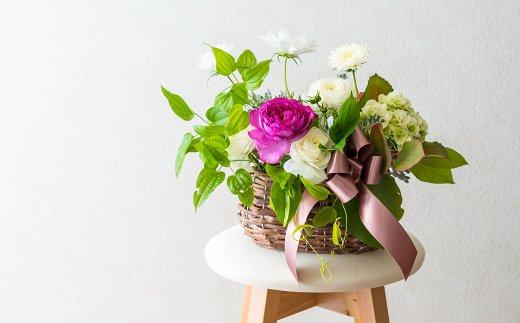 季節によっておまかせ 生花フラワーアレンジメント R