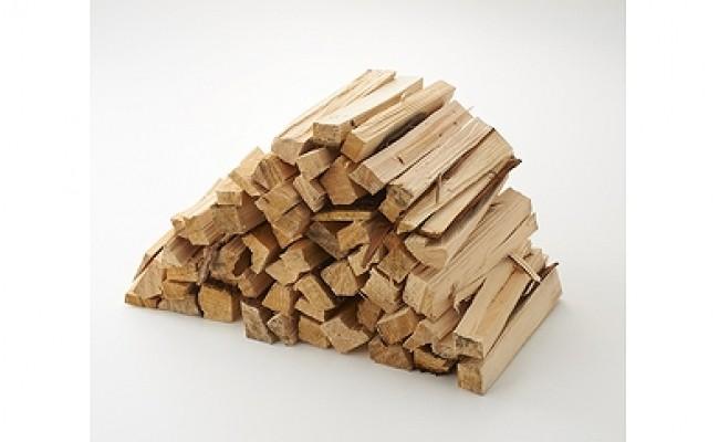 丹波篠山キコリ部の焚付け小割り杉