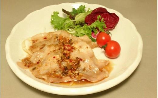 お肉をサッと焼いて、残ったつゆで野菜も炒められます。