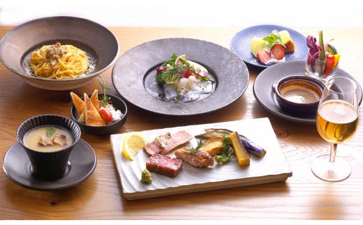 (B)茨城県アンテナショップ食事体験(ペアディナー)  最高級「常陸牛」をはじめ、茨城が誇る高級素材の和洋折衷コースを銀座で満喫。