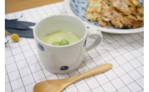 手仕事らしいやさしさを感じられるマグカップです。 ほどよい大きさなので毎日のマグカップにぴったり♪ ※写真はイメージ
