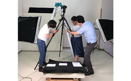 館山市立博物館で万祝の柄を取得する作業